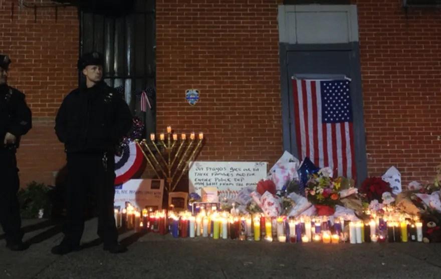 NYPD-memorial-122114.jpg