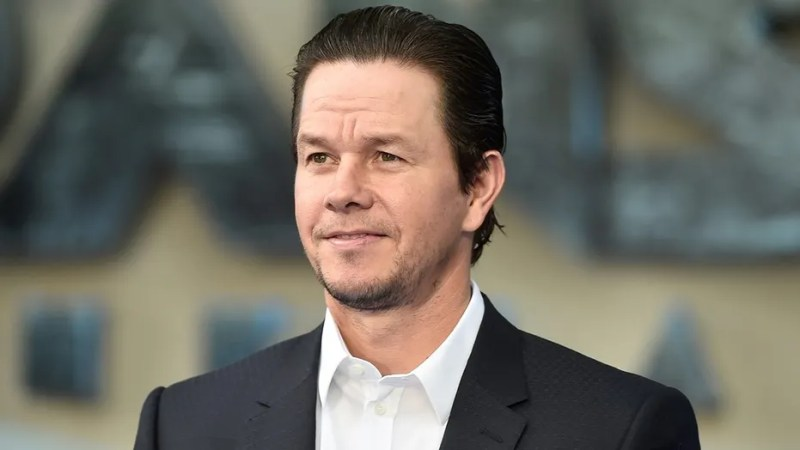 Mark Wahlberg arrives for world premiere of Transfomers, The Last Night, at a cinema in central London, Britain, June 18, 2017. REUTERS/Hannah McKay - RC1DA6CCD480