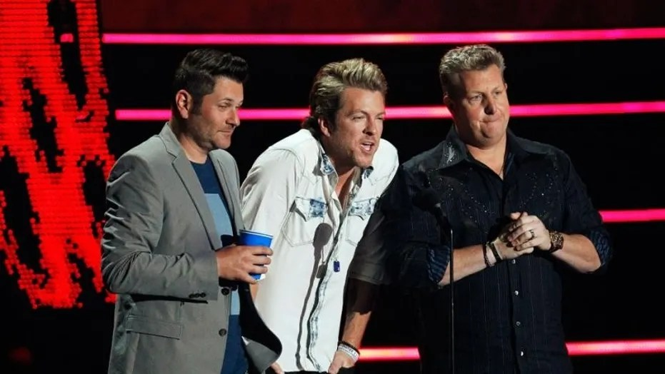 "Rascal Flatts stopped their Wednesday night show in the middle of the concert citing a ""security concern."""