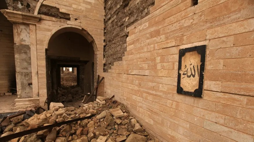 The remains of the Tomb of Prophet Yunus, destroyed by Islamic State militants, in Mosul, Iraq, January 28, 2017. (REUTERS/Azad Lashkari)