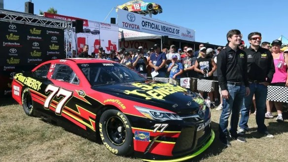 https://i1.wp.com/a57.foxnews.com/images.foxnews.com/content/fox-news/sports/2016/08/07/furniture-row-adds-second-car-to-stable-erik-jones-to-drive/_jcr_content/par/featured-media/media-1.img.jpg/876/493/1470616360434.jpg?w=584