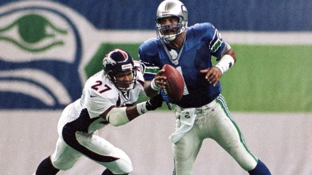 Warren Moon was elected to Pro Football Hall of Fame in 2006