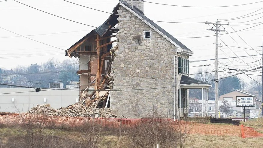 A building where the Bill of Rights is believed to have been born was partially demolished.