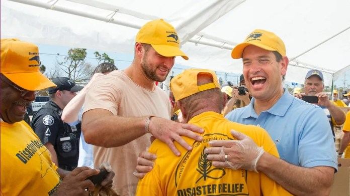 Tim Tebow (left) and Florida Senator Marco Rubio (right) visited the Florida Keys Thursday, Sept. 21, 2017, to help with Hurricane Irma relief efforts. (AP)