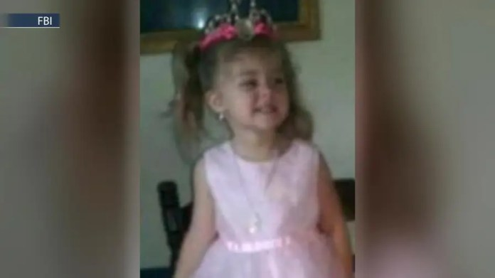 Investigators ask for help in search for Mariah Woods after photo distributed by FBI proved to be a false lead.