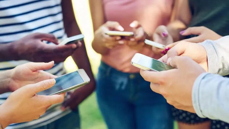 Teen cellphone addiction: How bad has it gotten?   Fox News