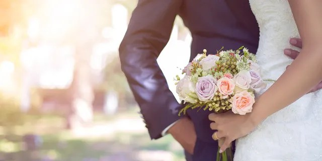 A bride and groom agreed to have a kid-free wedding and let their family and friends know in advance, according to one inquisitive Reddit post. (iStock)
