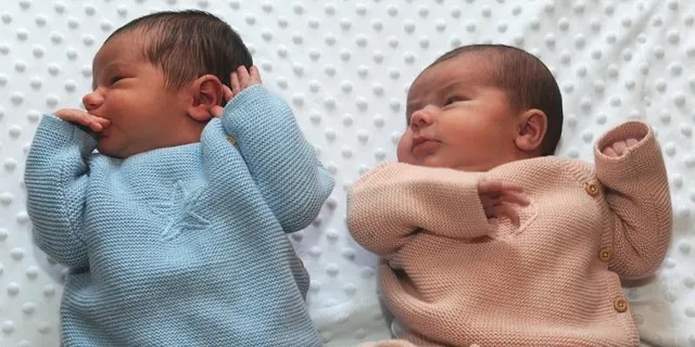 Jack and Isla were born just hours apart and delivered by the same doctor.