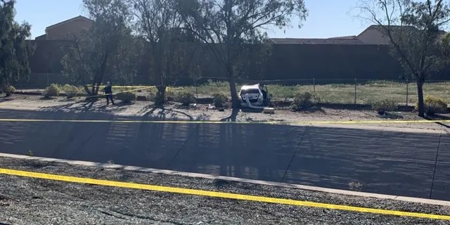 The scene of a crash and fatal stabbing in Arizona.
