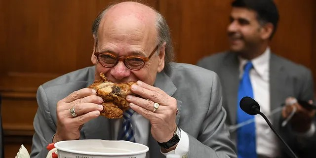 U.S. Rep. Steve Cohen, D-Tenn., eats fried chicken during a hearing before the House Judiciary Committee on Capitol Hill in Washington, D.C. (Getty Images)