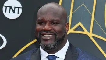 Shaquille O'Neal pays for man's engagement ring: 'I'm just trying to make people smile'