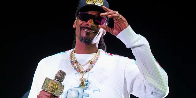 Snoop Dogg reportedly commended Trump and his team for 'great work' before he leaves the White House.