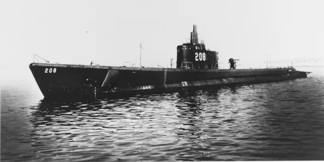 The USS Grayback photographed in 1941. (Naval History and Heritage Comand. Catalog#: NH 53771)