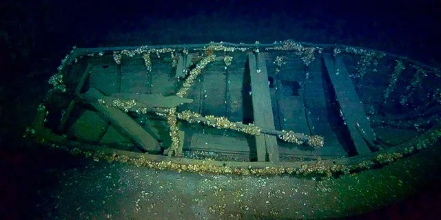 A lifeboat was found near the wreck's stern.