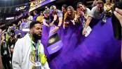 Odell Beckham Jr. raises eyebrows after he appears to hand cash to LSU players after game