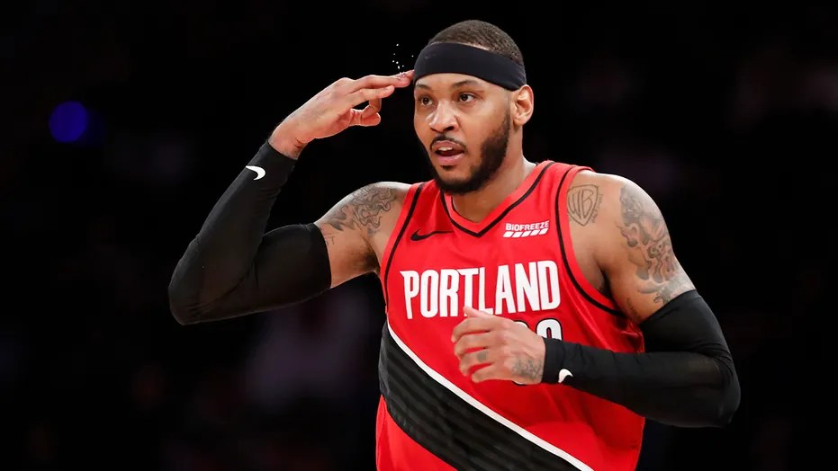 Carmelo Anthony back with the Trail Blazers as chances for ring hang in  balance | Fox News