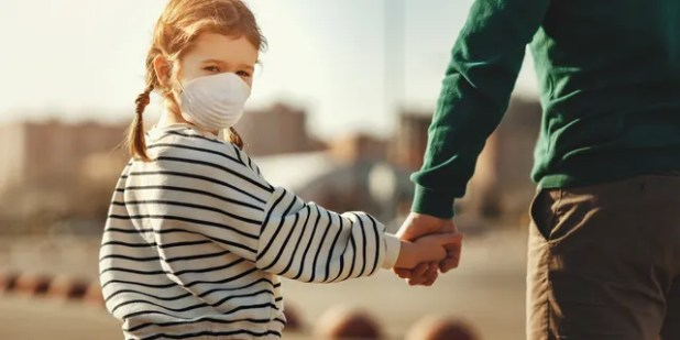 According to the researchers, the coronavirus wreaks havoc on the body and mind, and guardians need to know how their children are dealing.  (iStock)