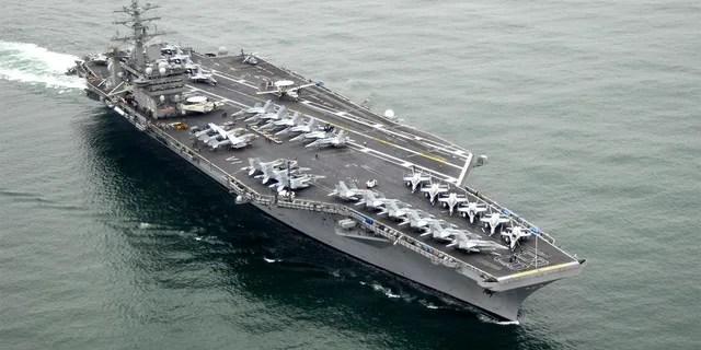 Le porte-avions USS Nimitz (CVN 68). (US Navy photo by Mass Communication Specialist 3rd Class John Philip Wagner Jr./Released)