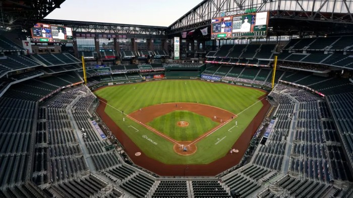 Fans to be allowed at World Series, NLCS in Arlington, Texas