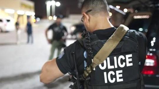 https://i1.wp.com/a57.foxnews.com/static.foxnews.com/foxnews.com/content/uploads/2020/10/540/304/ICE-Agent-ICE.jpg?w=1140&ssl=1
