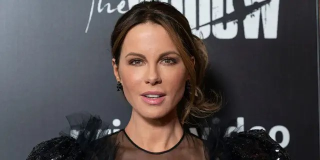 Kate Beckinsale noted she's a fan of facial oils to maintain a youthful complexion.