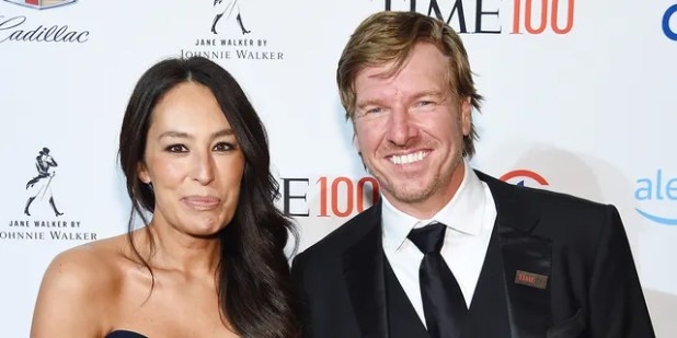 Jokana Gains (left) and Chip Gains (right) will shine on Discovery + in 'Fixer Upper: Welcome Home'.  (Photo by Larry Busaka / Getty Images for TIME)
