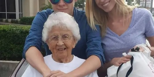 Rita Thomas (center) pictured with her grandson, Thomas McInnes (left), and granddaughter Cat McInnes (right) (Photo courtesy of the Thomas family).