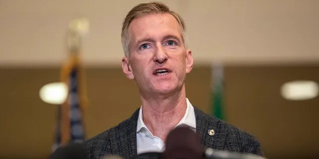 Portland Mayor Ted Wheeler speaks at City Hall on Aug. 30, 2020. (Getty Images)