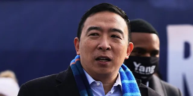 New York City mayoral candidate Andrew Yang speaks at a press conference on Jan. 14, 2021, in New York City. Former presidential candidate Yang announced his candidacy for mayor of New York City. (Photo by Michael M. Santiago/Getty Images)