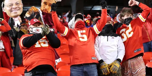 Key fans of Kansas City celebrate in the fourth quarter during the AFC Championship game between the Buffalo Bills and Kansas City Chiefs at Arrowhead Stadium on January 24, 2021 in Kansas City, Missouri.  (Photo by Jamie Squire / Getty Image)