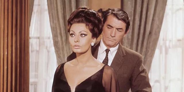 Sophia Lauren and Gregory Peck on the set of 'Arabic'.