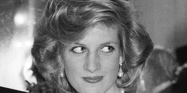 Princess Diana had a longer hairstyle before she decided to go for a major chop.