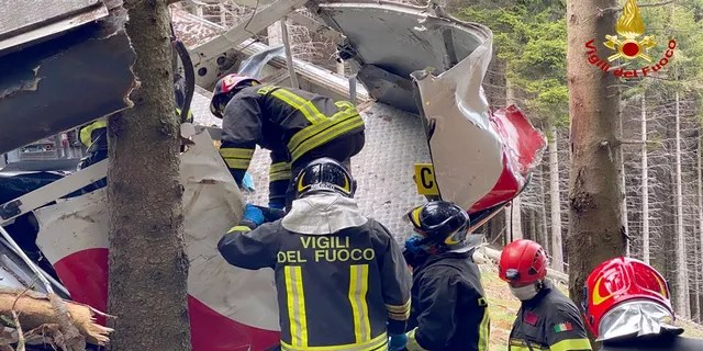 """Transport Minister Enrico Giovannini visited the site Monday and announced a commission of inquiry to investigate the """"technical and organizational causes"""" of the accident."""