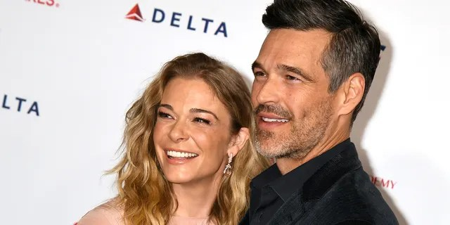 LOS ANGELES, CALIFORNIA - JANUARY 24: (L-R) LeAnn Rimes and Eddie Cibrian attend MusiCares Person of the Year honoring Aerosmith at West Hall at Los Angeles Convention Center on January 24, 2020 in Los Angeles, California.