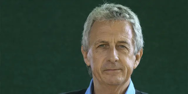 British historian and writer Robert Lacey pictured at the Edinburgh International Book Festival where he talked about his popular books about the British monarchy.
