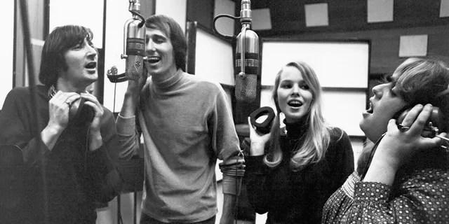The Mamas and the Papas, circa 1967. Left to right: Denny Doherty, John Phillips, Michelle Phillips, Cass Elliot.