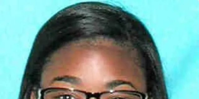 Precious Stephens allegedly disconnected 911 calls without obtaining caller information or dispatching to other disptchers.