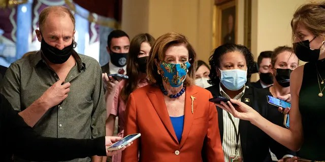 It's unclear why Pelosi and Harrelson met.