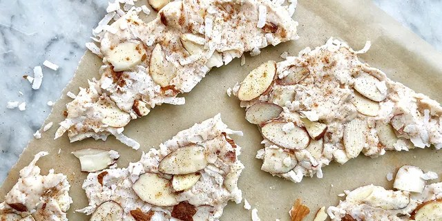 According to blog creator Debi Morgan, the bark only takes about 20 minutes to make and can be stored in an air-tight container for up to one week.