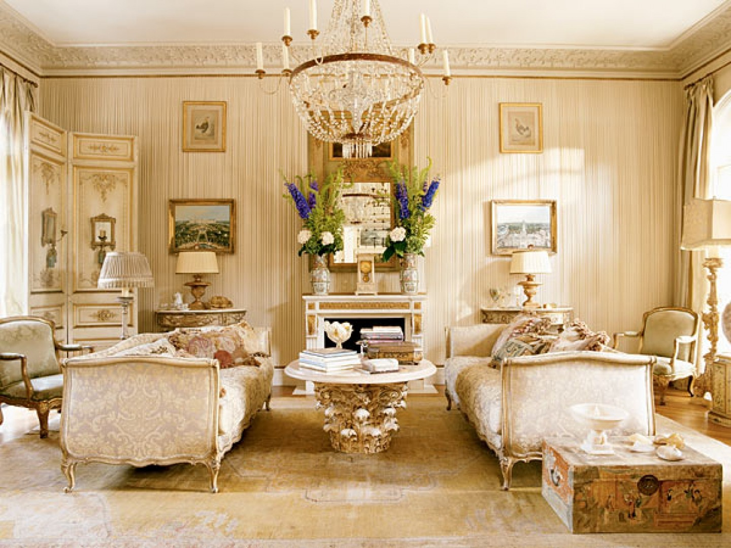 20 Luxury Living Rooms for the Super Rich on Room Decorations  id=80116