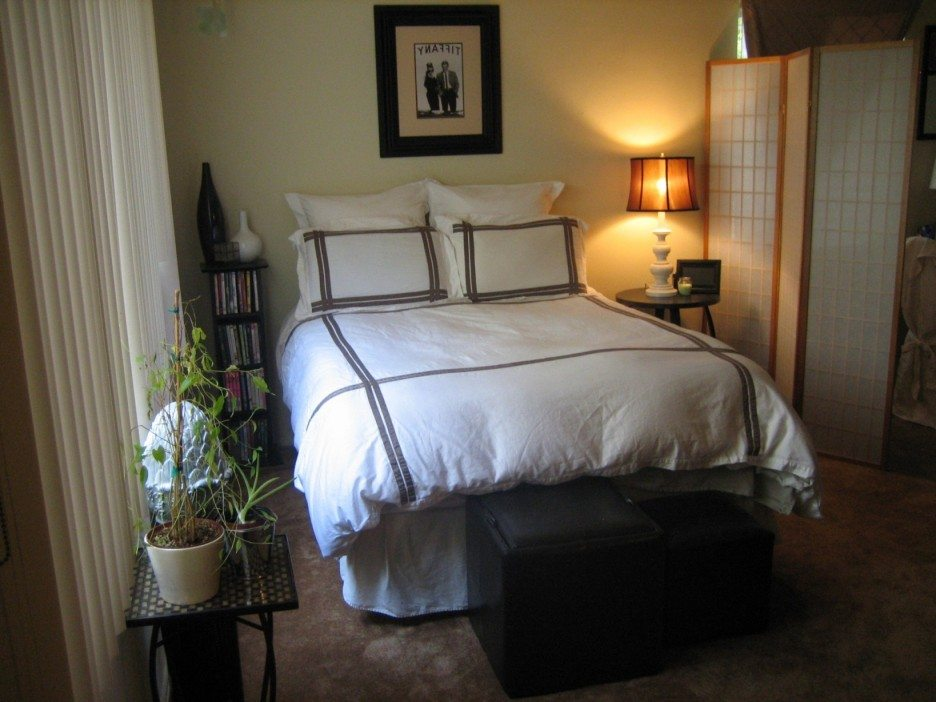 20 Small Bedroom Decorating Ideas On A Budget on Bedroom Ideas For Small Rooms  id=82484