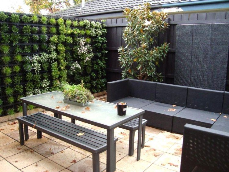 20 Awesome Small Backyard Ideas on Small Outdoor Yard Ideas id=37634
