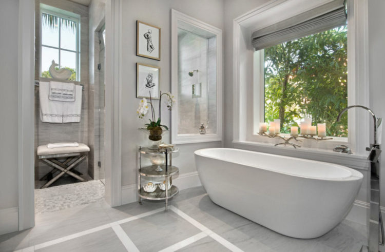 10 Bathrooms With Monochromatic Colors - Housely on Monochromatic Bathroom Ideas  id=25861