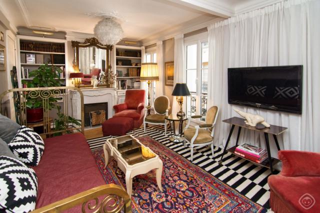 Most Popular Cheap  Bedroom Apartments In Paris Goutte Dor Guest House Ii Paris