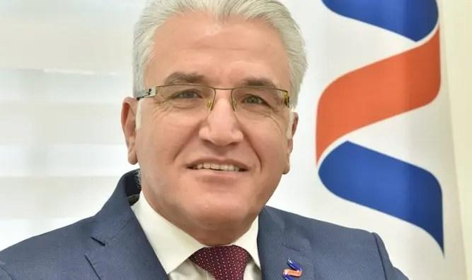 El profesor Salman Zarqa será designado para el proyector Corona-Channel 7
