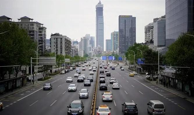 Wuhan: todos los residentes serán registrados en Corona-Channel 7