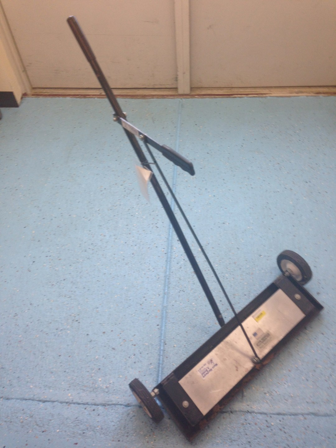 Magnetic Sweeper Image