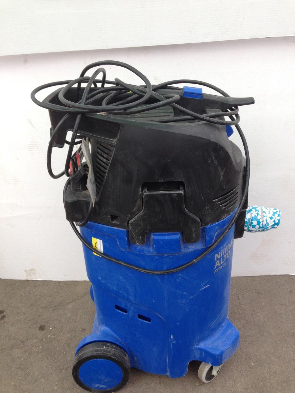 Vacuum Wet/Dry Image