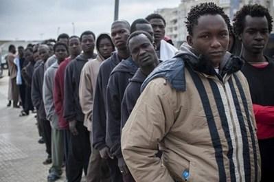 السلطات تنفي خبر منع تنقل المهاجرين الأفارقة