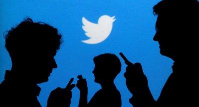 """""""تويتر """" يحذف آلاف الحسابات السعودية تبث رسائل دعائية مضللة للنظام"""